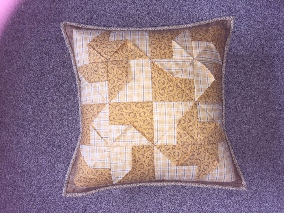 JUB3DPWC - The 3D Pinwheel Cushion Pattern from Juberry Fabrics