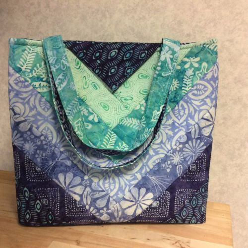 QAYG - Quilt as You Go Bag Pattern by Juberry Fabrics