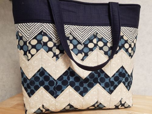 Chevron Bag Pattern designed by Juberry Fabrics