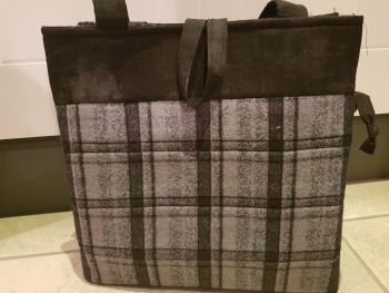 Tockwith Bag Pattern by Juberry Fabrics