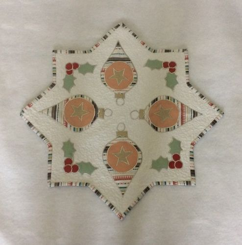 Bauble Table Topper Pattern