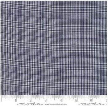 12134-24 Picnic Basket Plaid Navy