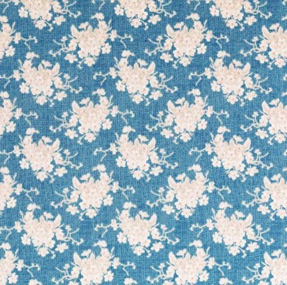 TD100728 Seaside Life White Flower on Blue
