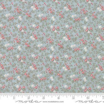 44246-15 Daybreak Dewdrop Red Flowers on Blue