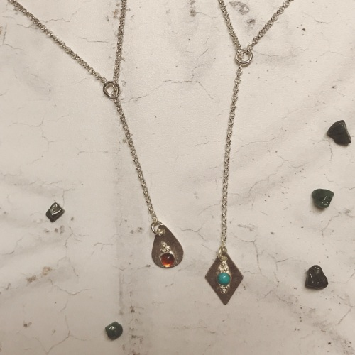 Y Lariat Necklace with a Stone Setting Drop