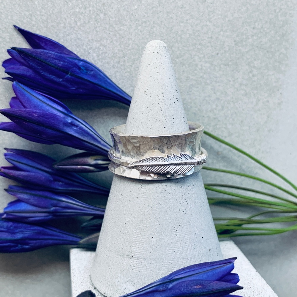 Feather Spinning Ring