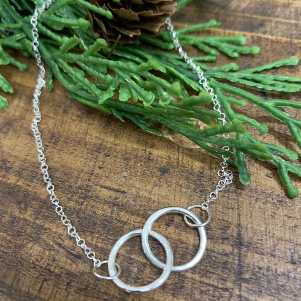 Double Inter - Link Necklace