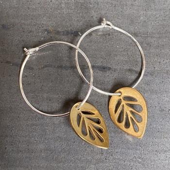 Medium Leaf Hoops