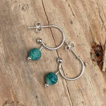Huggie hoop with crackle bead