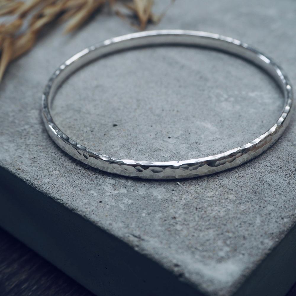 Oval Wire Bangle