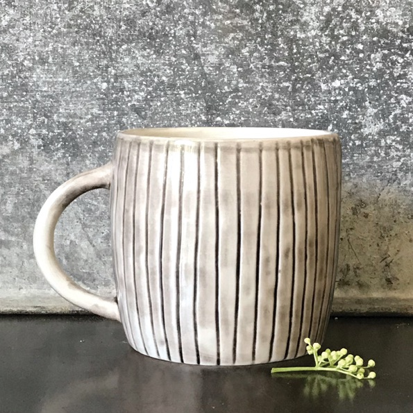 Scratched Line Mug