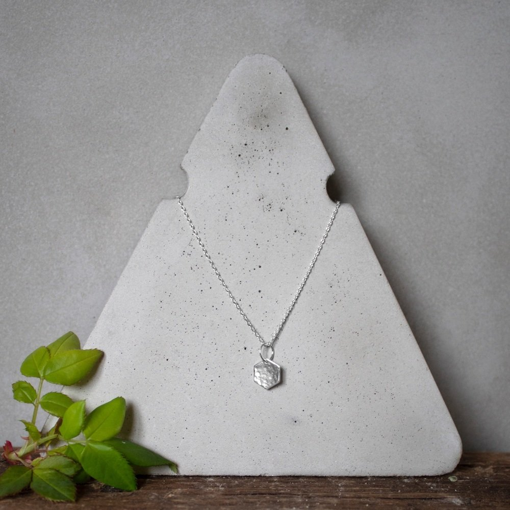 Small Shape Necklace