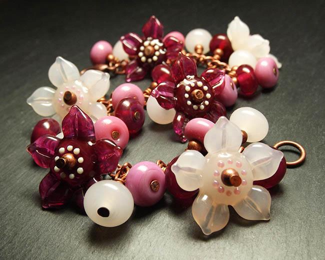 'Raspberry Pavlova' Garland Bracelet