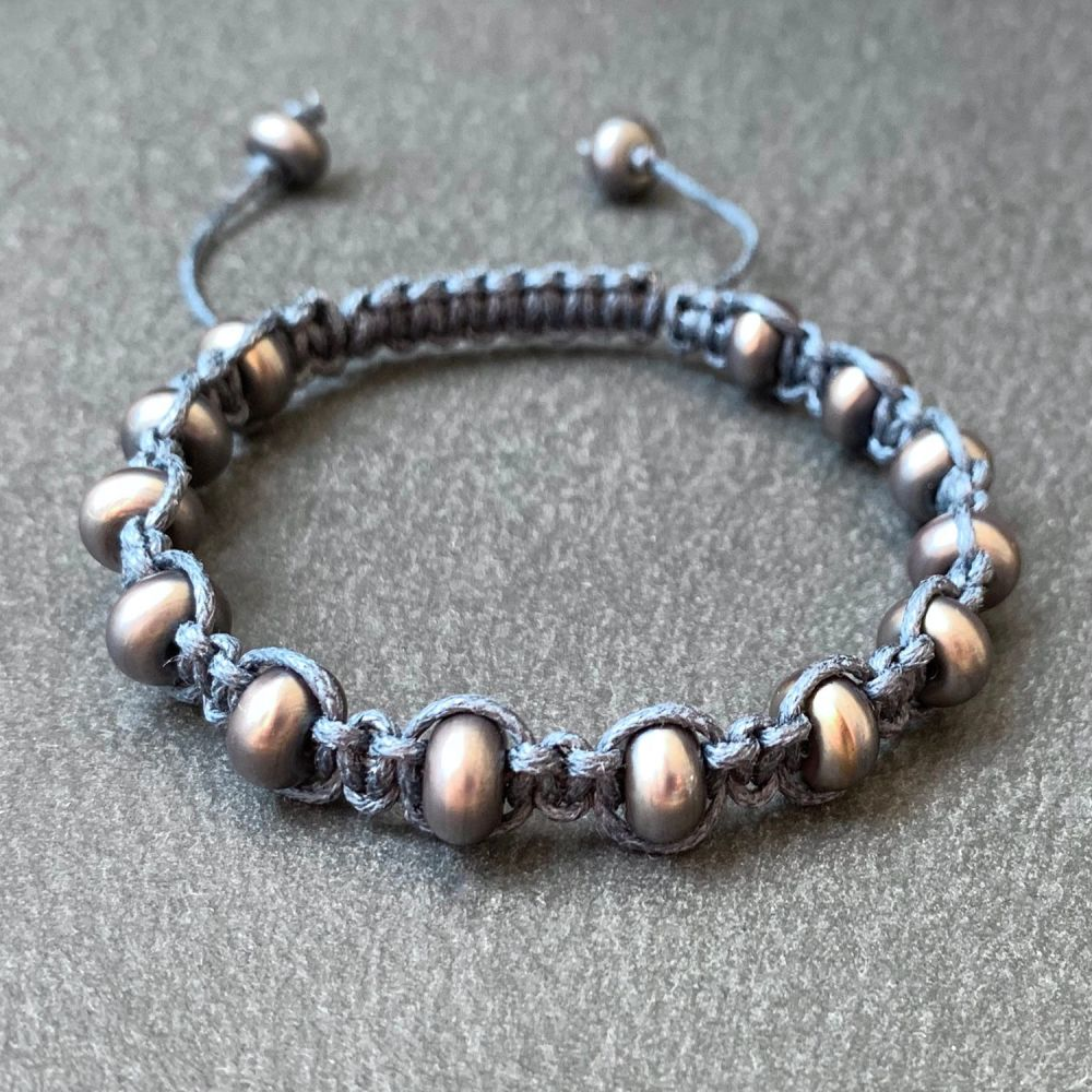 'Anthracite' Macramé Bracelet