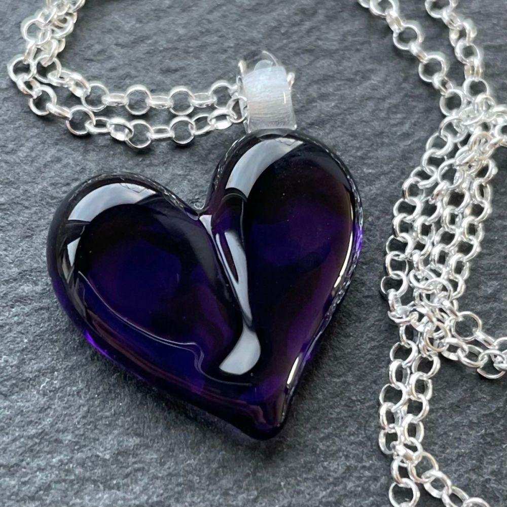 'Regal' Heart Necklace