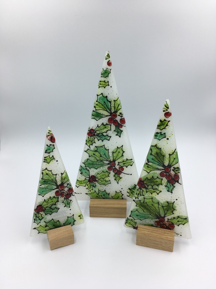 Hand drawn Holly tree in Wooden Block