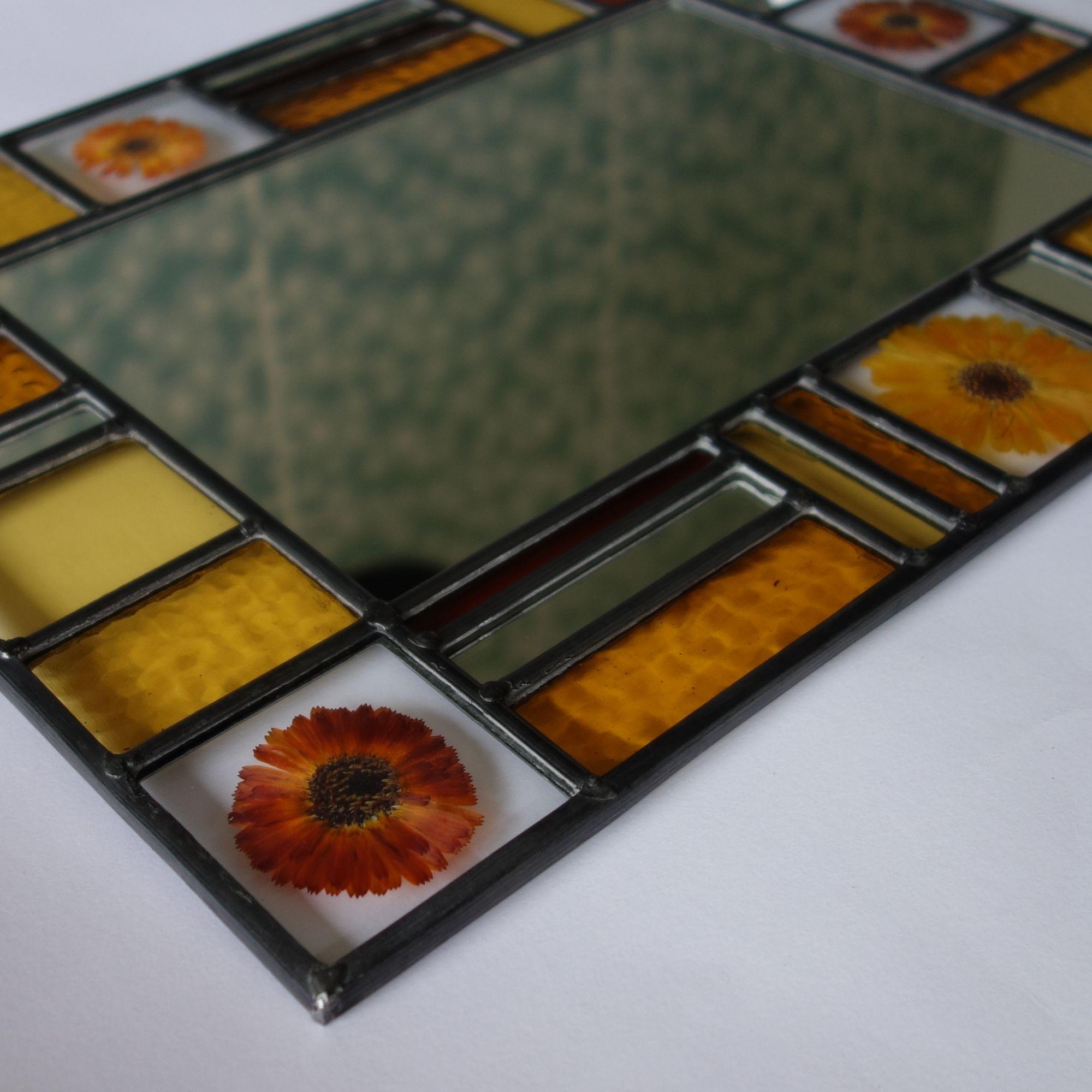 flower mirror 1