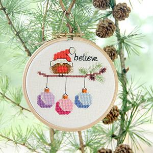 christmasrobinbaublestree