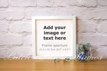 Mockup box frame smart object layer PSD
