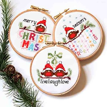 KIT OR CHART - Christmas Robins - set 2 - Live laugh love, Merry Christmas and Season's greetings