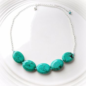 Knotted turquoise necklace2