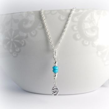 16SSTHTN Turquoise Hammered Tear Necklace 2_1000px