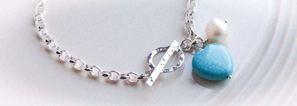 Banner - Turquoise heart bracelet