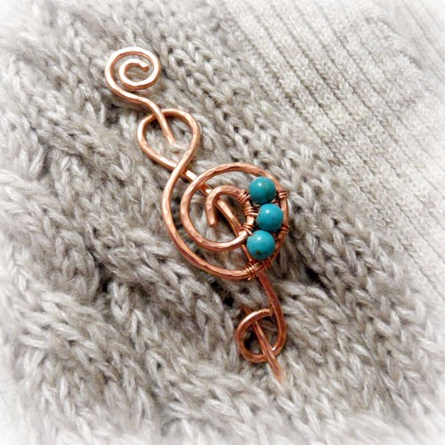 Sarah Treble Clef Brooch