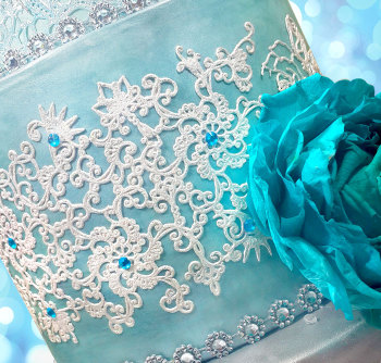 turqoise-swan-cake-paradise--webres