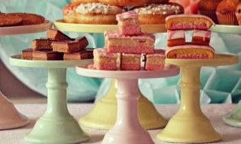 Mosser-Glass-Cake-Stand_1.jpg.pagespeed.ce.TgvNP7pXTJ