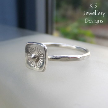 Daisy stamped ring 3