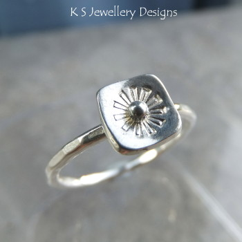 Stamped Flower Square Sterling & Fine Silver Ring V2 (UK size M / US size 6.25)