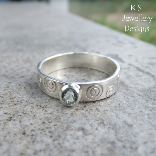 Sky Blue Topaz Sterling Silver Circles Textured Ring