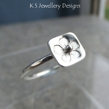Stamped Flower Square Sterling & Fine Silver Ring V1 (UK size P / US size 7.75)