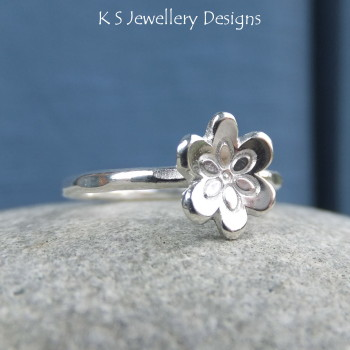 little flower ring 2