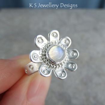 daisy ring 4