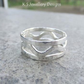 Dappled Waves Fine Silver Ring (UK size K / US size 5.25)