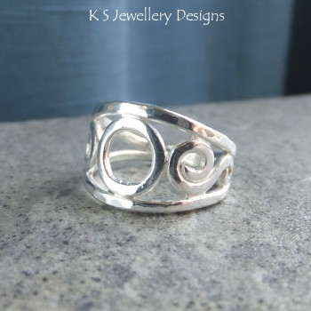 circle swirls ring 3