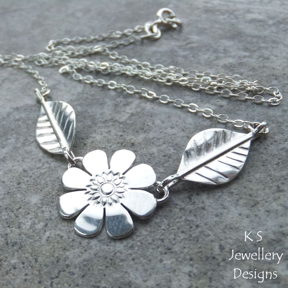 Daisy - Flower and Leaves Sterling Silver Necklace