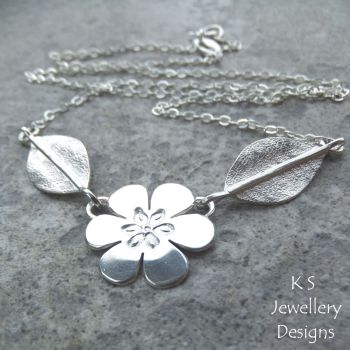 *SALE was £65* Six Petal Flower and Leaves Sterling Silver Necklace