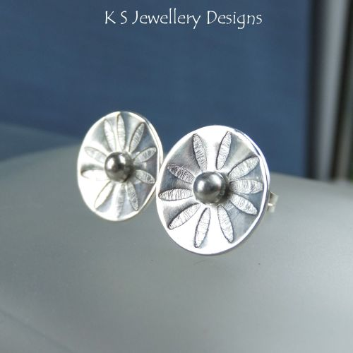 Sterling Silver Stud Earrings - Daisy Flower Discs