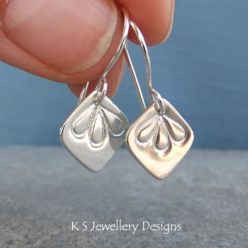 Petal Trio earrings 1