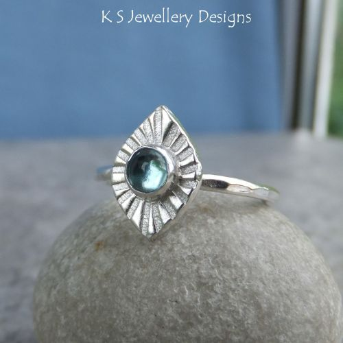 Apatite Sterling Silver Mini Sunburst Ring (UK size M / US size 6.25)
