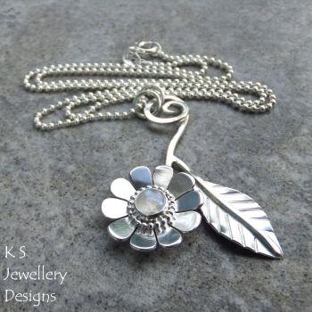 RM daisy & leaf 4