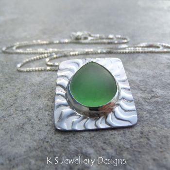 green teardrop 3