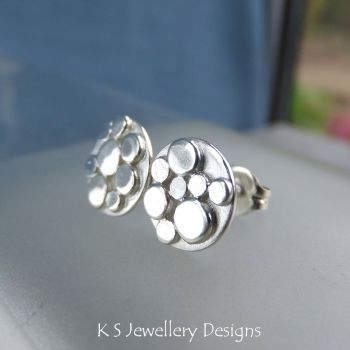Sterling Silver Random Pebbles Circle Stud Earrings