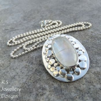 RM pebbles 1