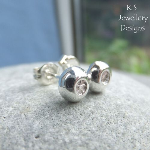 Little Flowers Textured Pebbles - Sterling Silver Stud Earrings