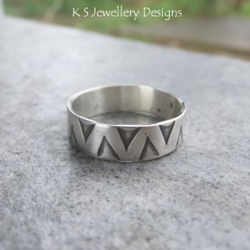 Sterling Silver Unisex Ring - Zigzag Texture (UK size L / US size 5.75)