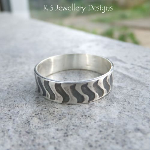 Sterling Silver Unisex Ring - Squiggle Texture - Shiny or Oxidised